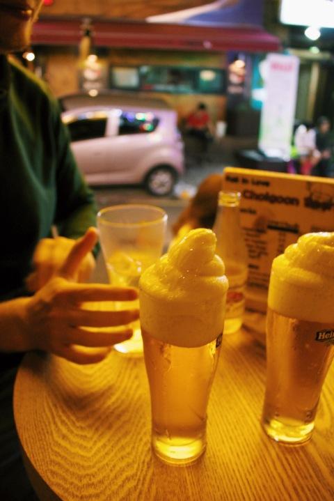 South korea seoul hongdae sugarsheet beer best bar