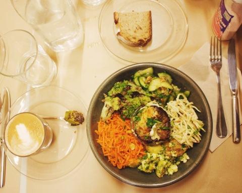 assiette légumes healthy paris rose bakery vegetarian le marais