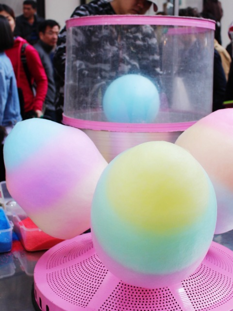 rainbow cotton candy seoul street food myoungdong foodie food delicious