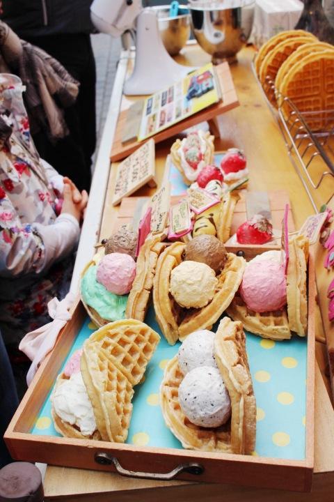 ice cream waffle seoul south korea food myoung dong restaurant