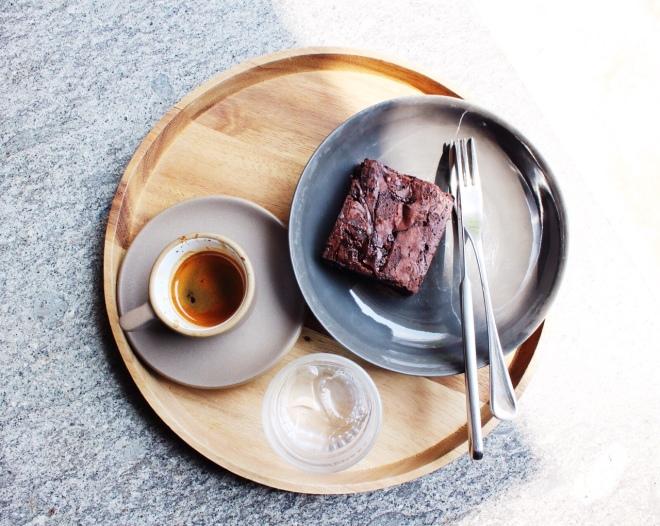alex the coffee seoul best ice travel south korea itaewon