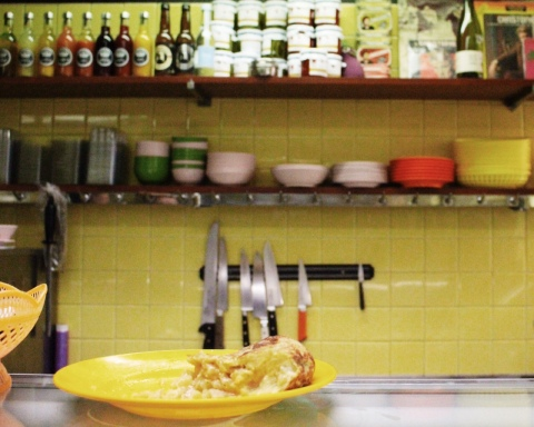 Chez Aline Sugarsheet travel food paris small budget sandwich baguette
