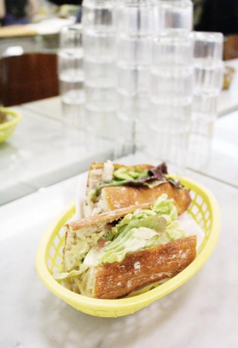 Chez Aline Bastille sugarsheet travel sandwich food paris small budget