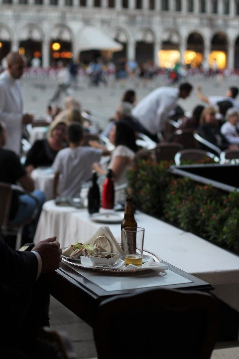 Venice italy sugarsheet caffe florian historic piazza san marco place mark food restaurant terrass best