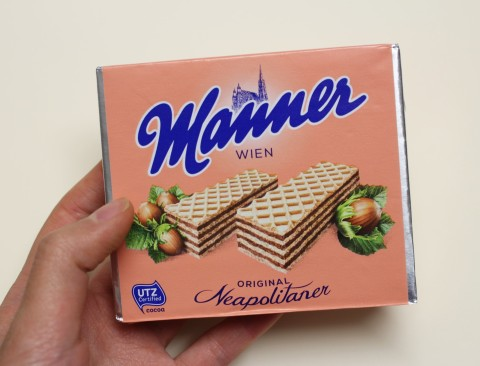 Sugarsheet Manner Schnitten Austria Vienna gift idea wafles best vegan