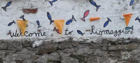 Sugarsheet-Riomaggiore-Cinque-Terre-Italy-Travel-Village-visit-beach
